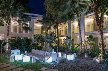 garden lounge astoria boracay