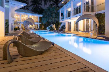 swimming pool astoria boracay