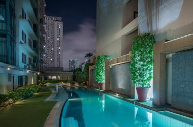 hotel with pool pasig astoria plaza